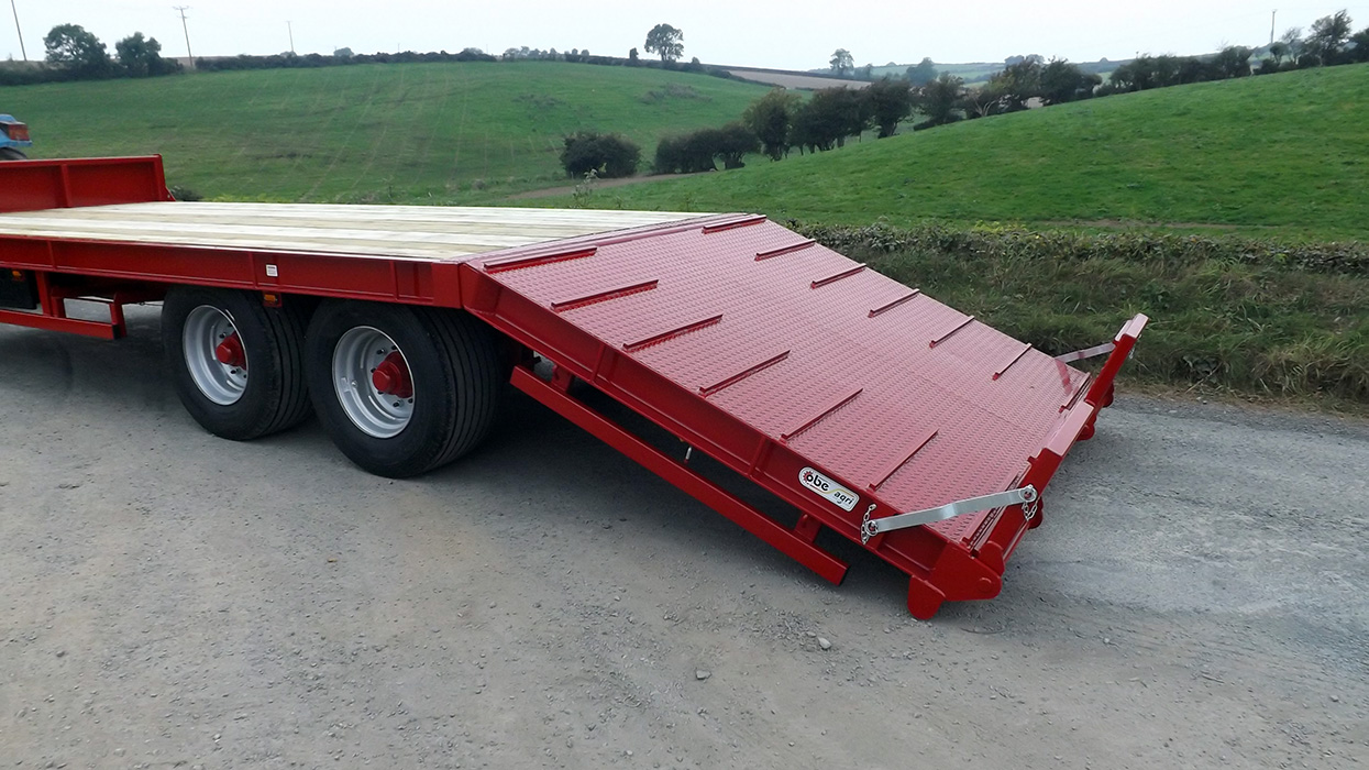 Hydraulic Beavertail Trailer