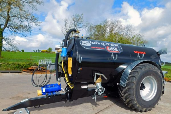 1850 gallon low centre gravity tanker