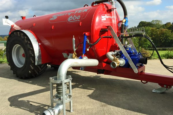 2400 gallon low centre gravity tanker