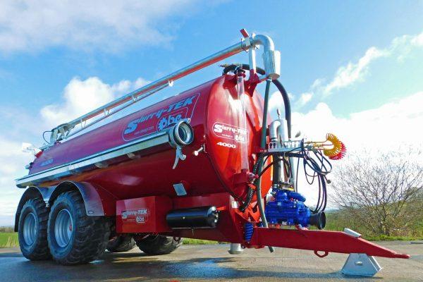 Slurry tanker