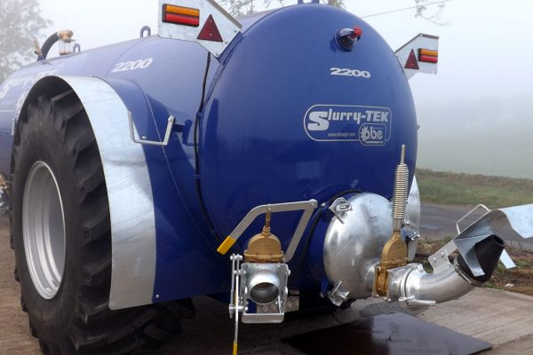 2200 gallon low centre gravity slurry tanker